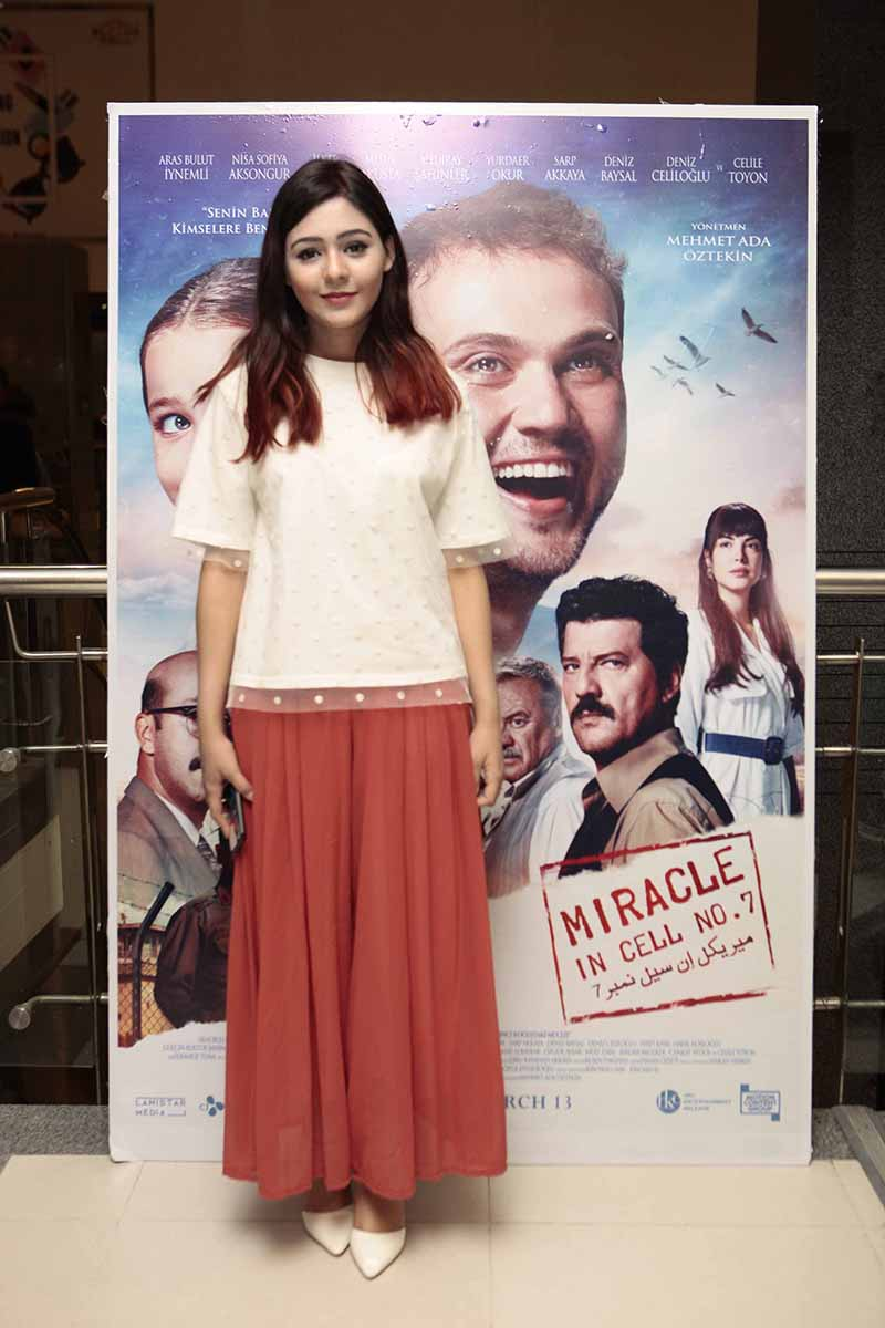 Elena Jaffer was present at the exclusive screening of the Turkish movie miracle in cell no 7 (1)